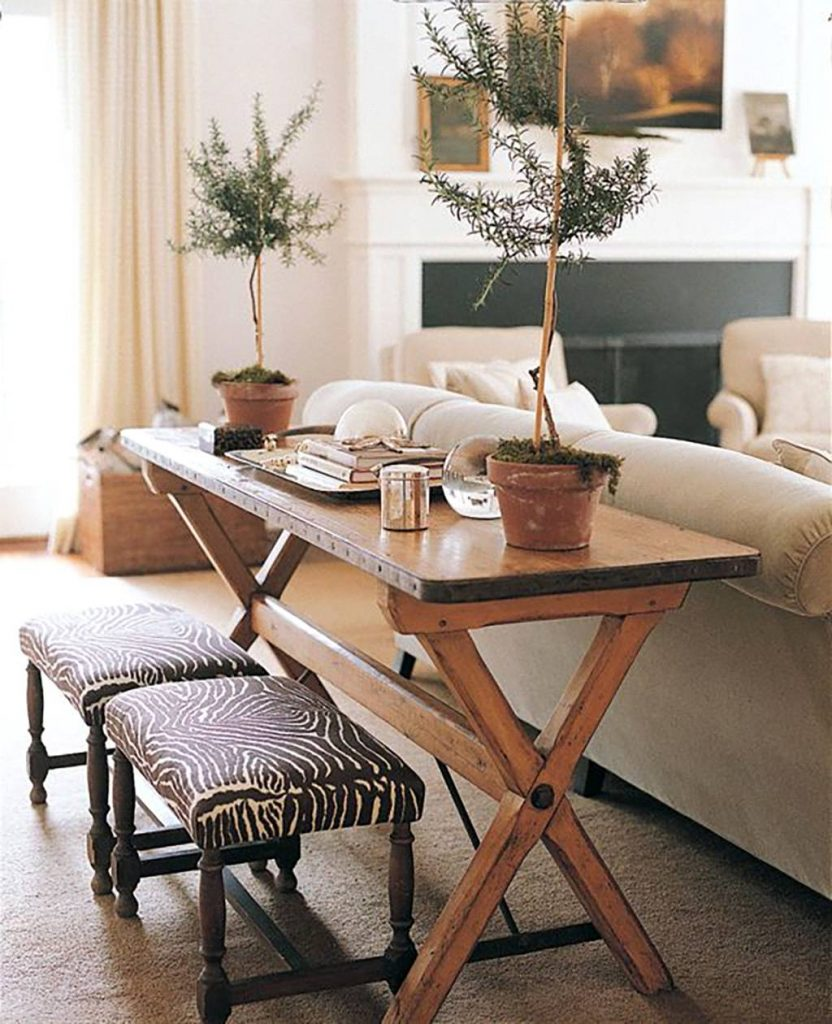 استفاده از میز پشت مبل یا کاناپه 1