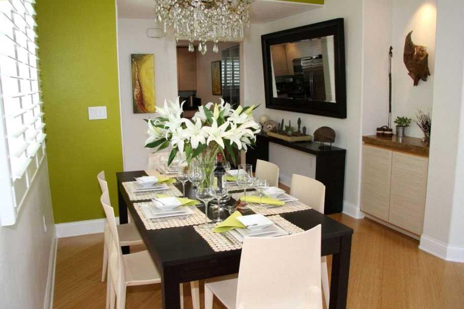 تزئین میز ناهارخوری با شاخه های پرشکوفه و پرمیوه