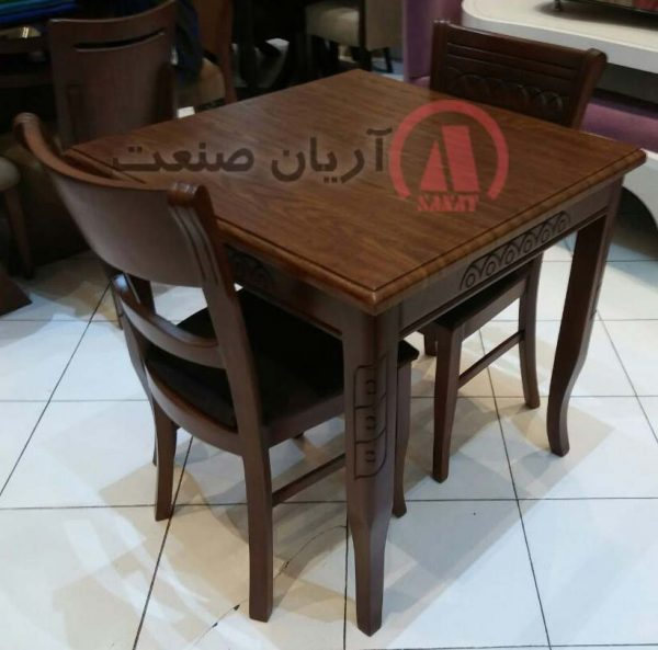 میز ناهارخوری ساده