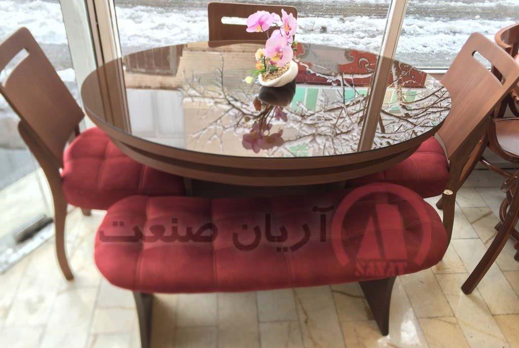 نیمکت لوبیایی و میز چوبی رویال