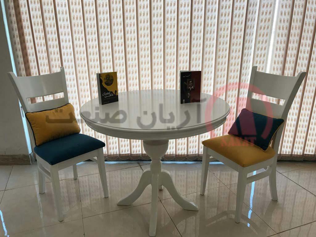 کیفیت نشیمن صندلی ناهارخوری