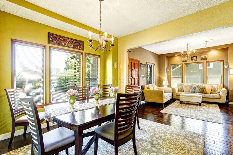 رنگ زرد در اتاق ناهارخوری