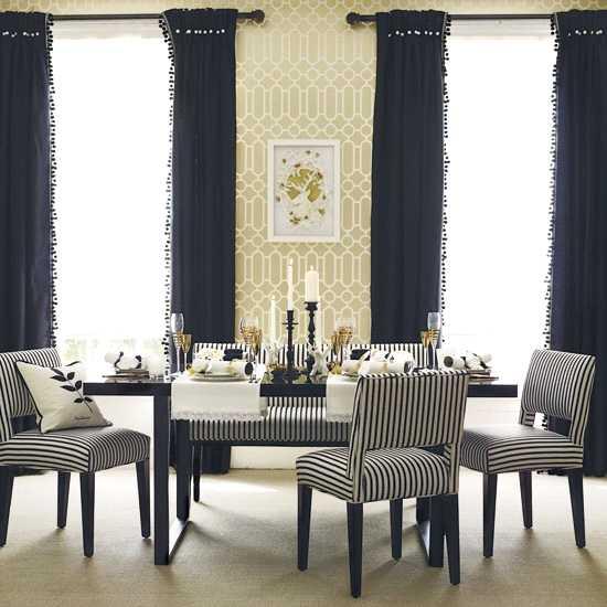 میز ناهارخوری لوکس با ترکیب سبک کلاسیک و مدرن