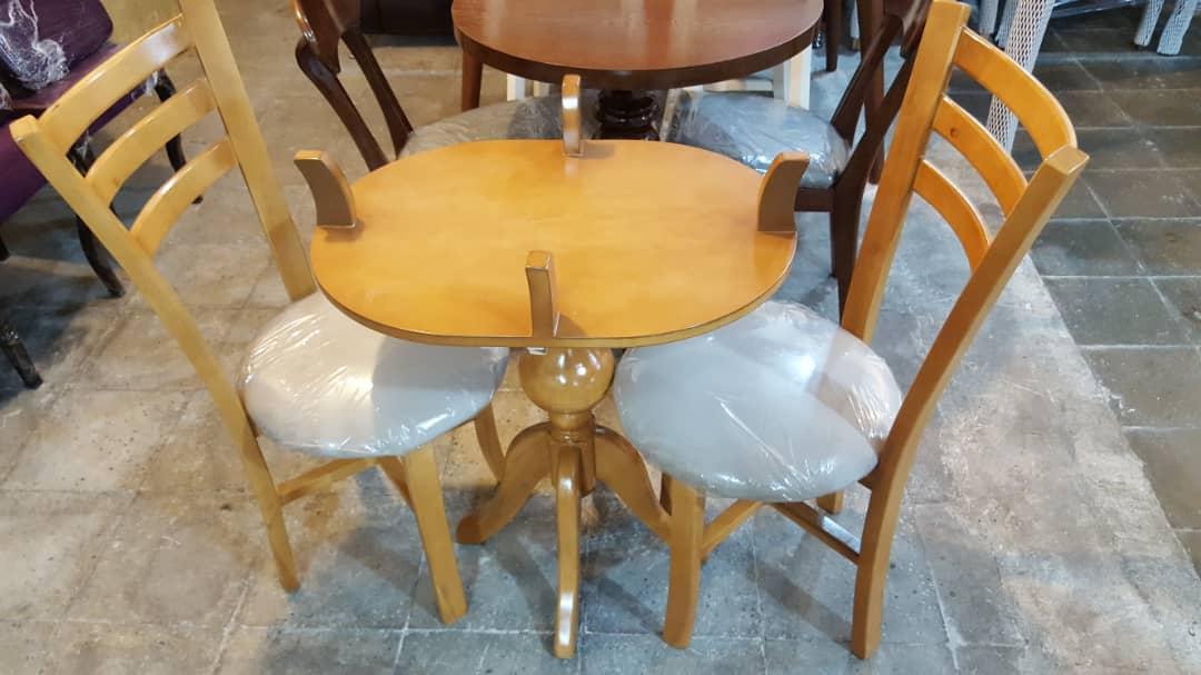 صندلی چوبی سه تیره ، میز گلدانی