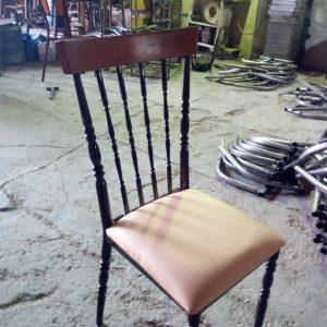 صندلی چوب و فلز