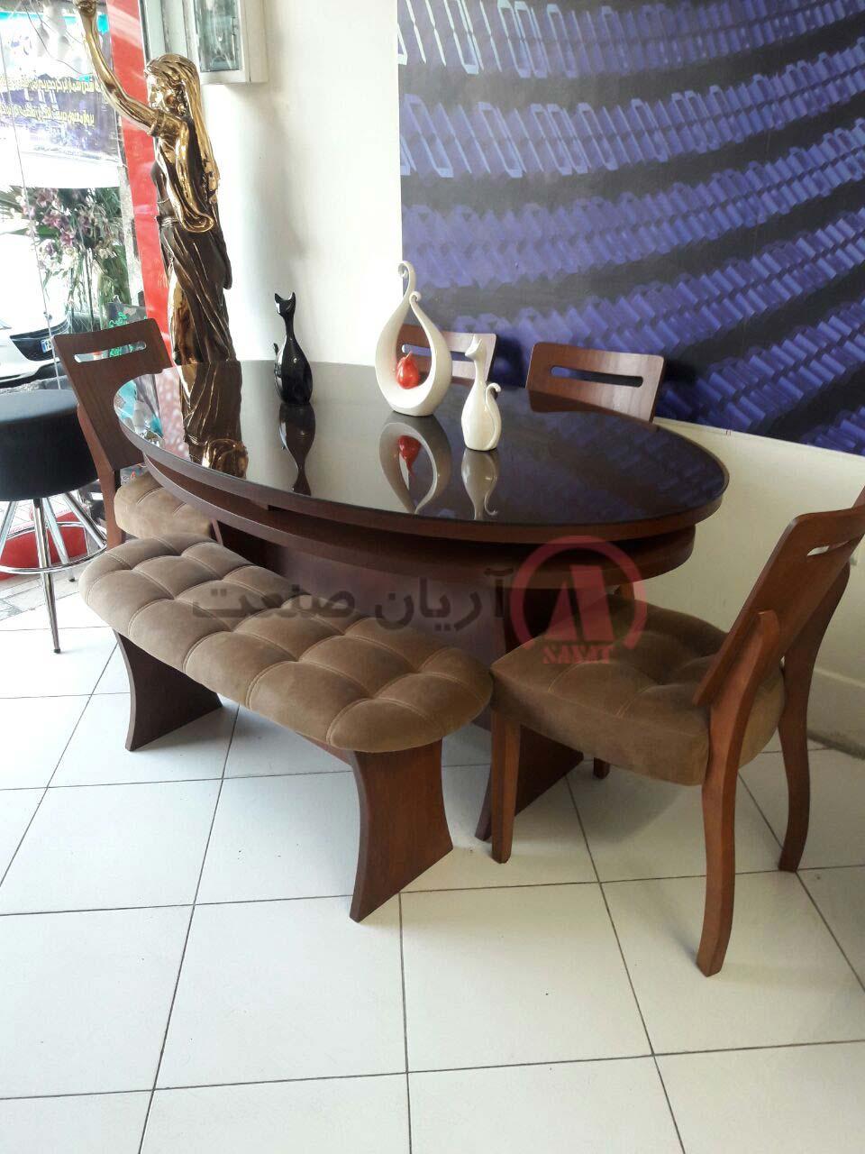 صندلی چوبی رویال و میز چوبی رویال