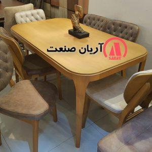 تمیز کردن صندلی چوبی