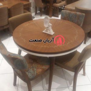 میز گرد ، میز گرد چوبی